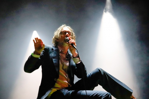 Jarvis Cocker introducing JARV IS…, Off Festival 2019, fot. Piotr Kosiewski
